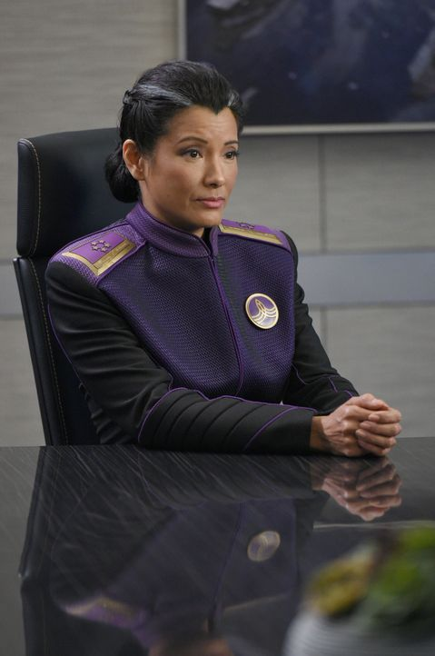 Admiral Ozawa (Kelly Hu) hat einen ganz besonderen Auftrag für Ed und Gordon, der die Völkerverständigung mit den Krill maßgeblich verändern könnte... - Bildquelle: Michael Becker 2017 Fox and its related entities. All rights reserved. / Michael Becker