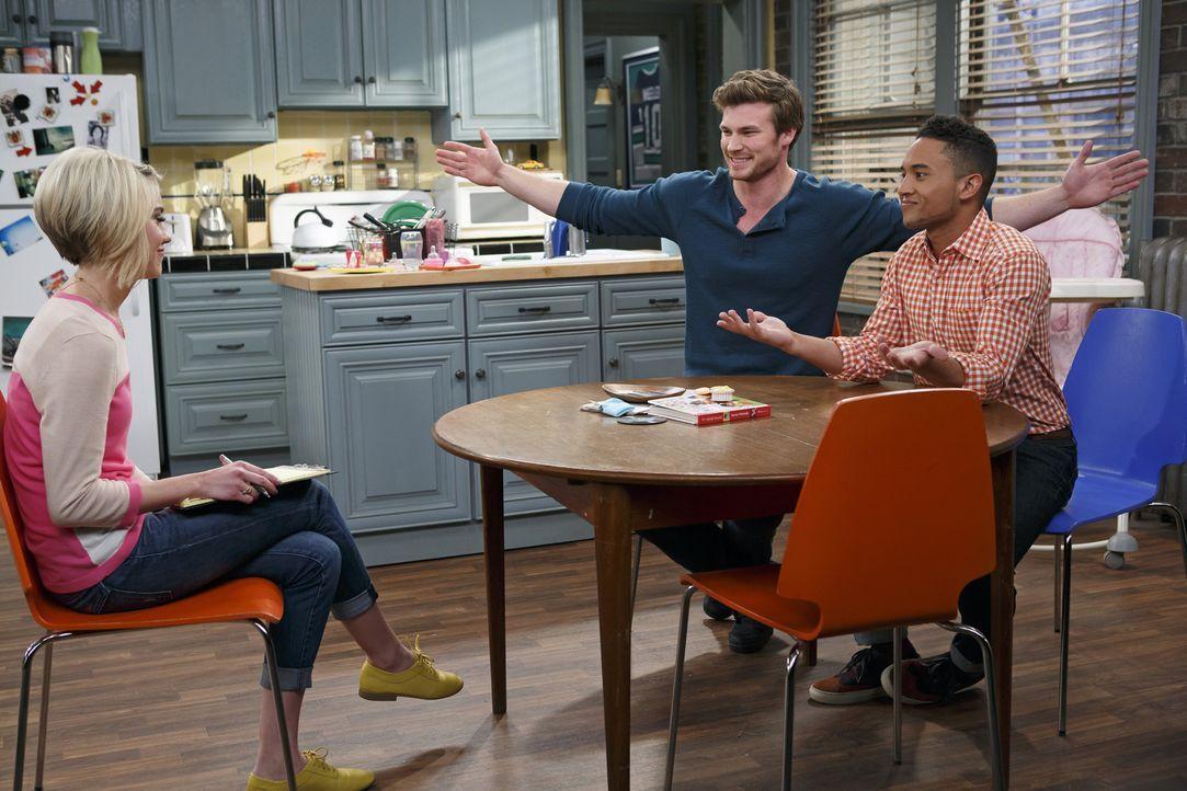 Ben verpflichtet Riley (Chelsea Kane, l.) dazu, einen Paten für Emma auszuwählen. Doch werden Danny (Derek Theler, M.) und Tucker (Tahj Mowry, r.) d... - Bildquelle: Bruce Birmelin ABC Family