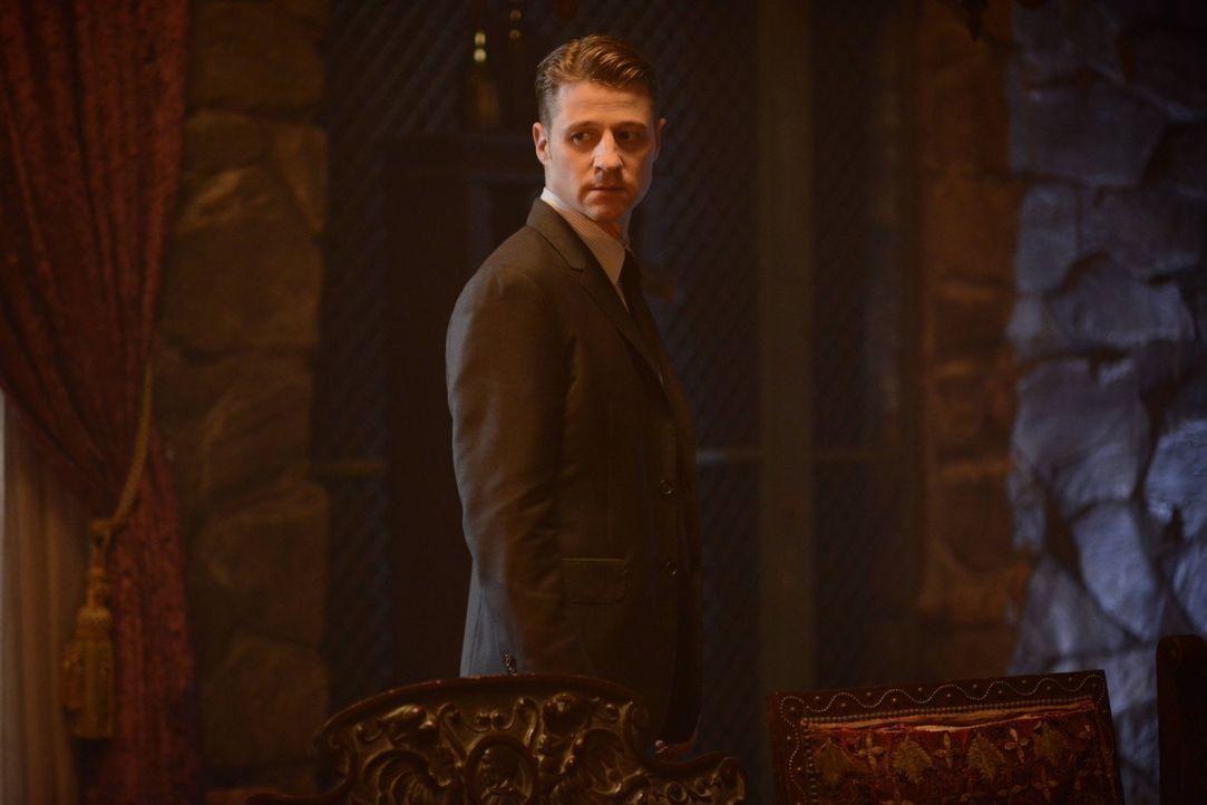 Obwohl Gordon (Ben McKenzie) zwischenzeitlich zum Streifenpolizisten degradiert wurde, bekommt er noch weitere Probleme mit seinem Erzfeind Loeb, de... - Bildquelle: Warner Brothers