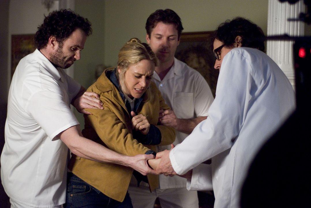 Als sie unfreiwillig Zeuge eines Mordes wird, gerät die Reporterin Grace (Chloë Sevigny, M.) in allergrößte Lebensgefahr ... - Bildquelle: Sony 2007 CPT Holdings, Inc.  All Rights Reserved.