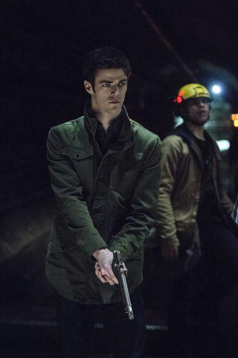 Werden Barry (Grant Gustin) und Iris endlich über ihre wahren Gefühle sprechen? - Bildquelle: Warner Brothers.