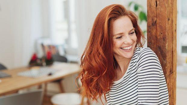 Der Stufenschnitt verleiht deinem Haar mehr Volumen – somit ist dieser Haarsc...