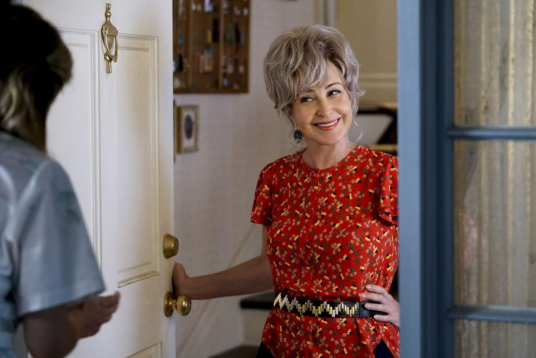 Meemaw (Annie Potts) - Bildquelle: Cliff Lipson 2018 CBS Broadcasting, Inc. All Rights Reserved./Cliff Lipson / Cliff Lipson