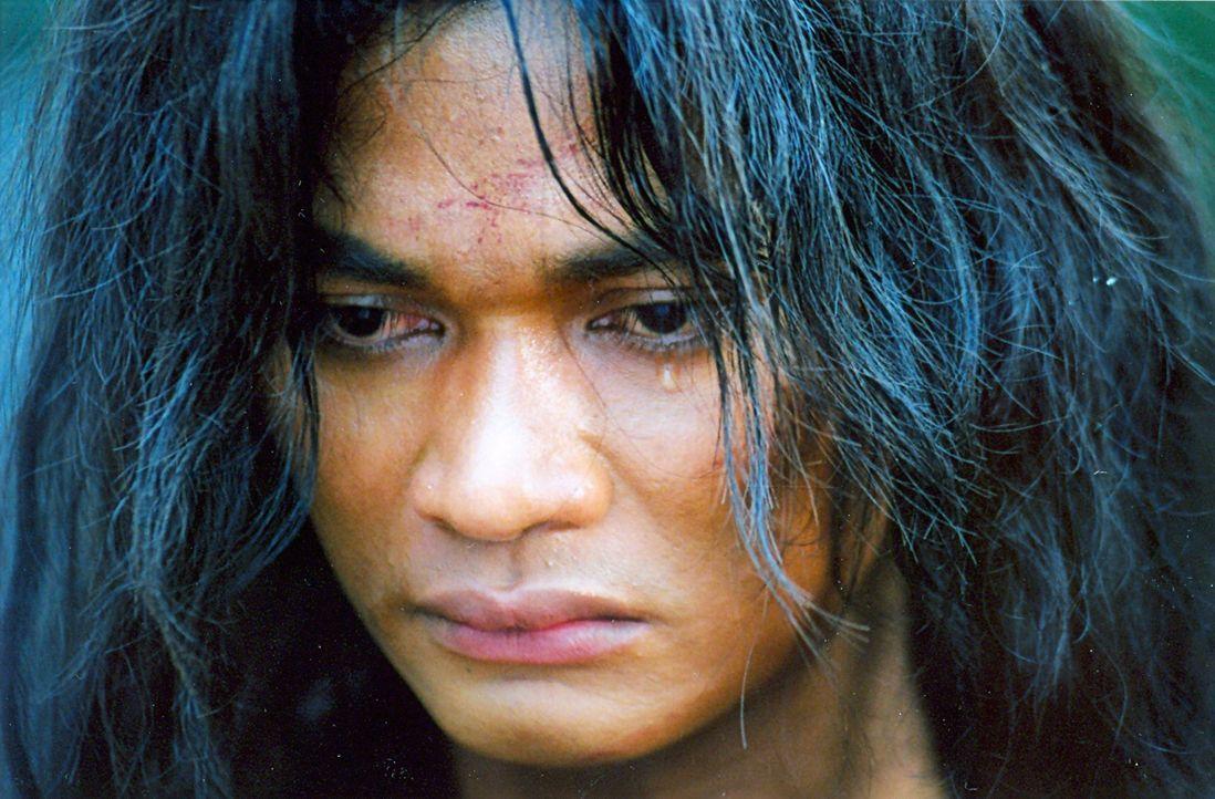 Neben den Fertigkeiten der Kampfkunst lernt Tien (Tony Jaa) auch Khon, die Kunst des siamesischen Maskentanzes. Dadurch revolutioniert er seine Tech... - Bildquelle: Splendid Film