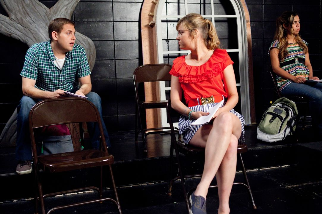 Schmidt (Jonah Hill, l.) wirft nicht nur rein beruflich ein Auge auf die hübsche Molly (Brie Larson, M.) ? - Bildquelle: TM &  2014 Metro-Goldwyn-Mayer Studios Inc. All Rights Reserved.