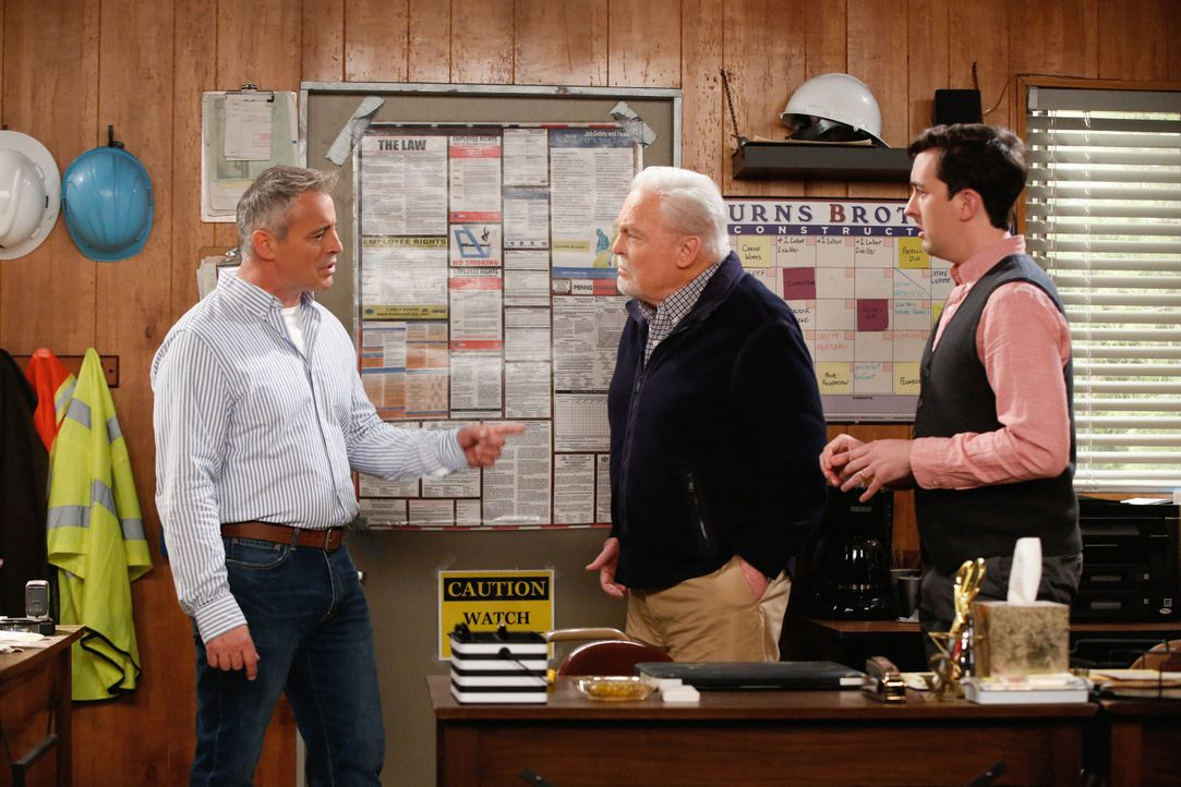 (v.l.n.r.) Adam Burns (Matt LeBlanc); Joe (Stacy Keach); Lowell (Matt Cook) - Bildquelle: Monty Brinton 2017 CBS Broadcasting, Inc. All Rights Reserved. / Monty Brinton