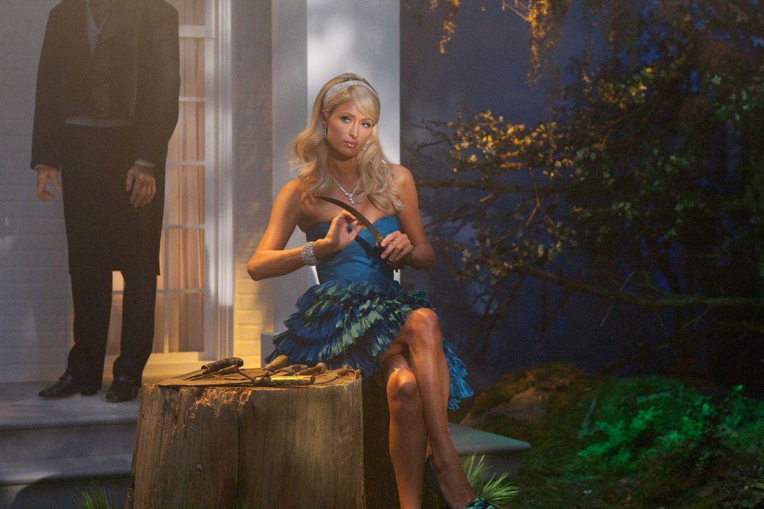 Treibt in einer Kleinstadt ihr Unwesen: Paris Hilton (Paris Hilton) ... - Bildquelle: Warner Bros. Television