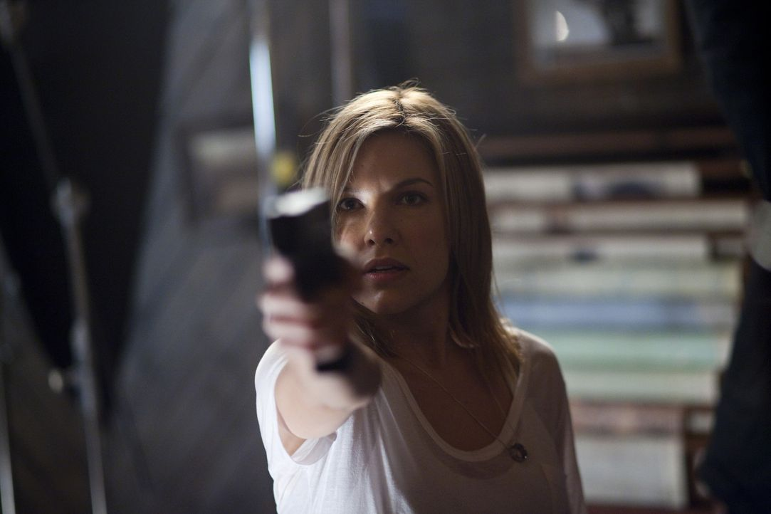Stella (Kiele Sanchez), die Überlebende des Massakers in Barrow, macht sich auf zu einem blutigen Rachefeldzug ... - Bildquelle: 2010 Stage 6 Films, Inc. All Rights Reserved.