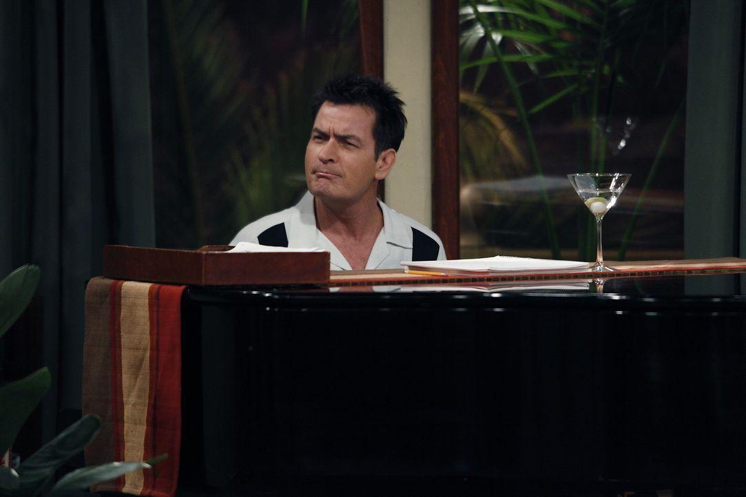 Lyndsey sagt Alan, dass sie ihn liebt und fragt ob er sie auch liebe. Nach einigem zögern gesteht auch Alan seiner Freundin die Liebe für sie ein.... - Bildquelle: Warner Bros. Television