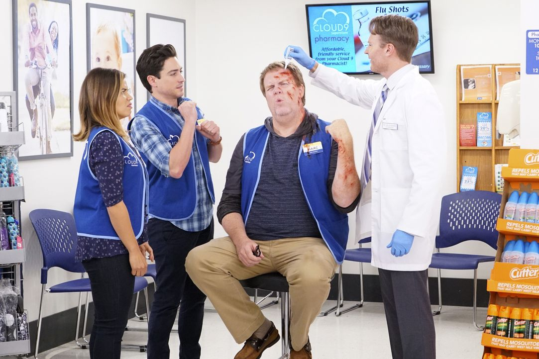 (v.l.n.r.) Amy (America Ferrera); Jonah (Ben Feldman); Isaac (Steve Agee); Tate (Josh Lawson) - Bildquelle: Bill Inoshita 2017 NBCUniversal Media, LLC / Bill Inoshita