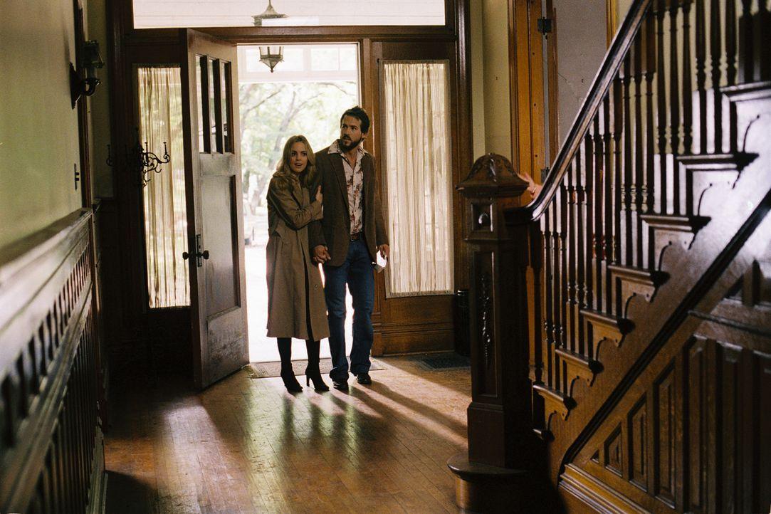 Kurz nach dem Einzug, in ihr (v.l.n.r.: Melissa George, Ryan Reynolds) Traumhaus, ereigneten sich bizarre und unbeschreibliche Dinge: Albtraumhafte... - Bildquelle: Metro-Goldwyn-Mayer Studios Inc. All Rights Reserved.