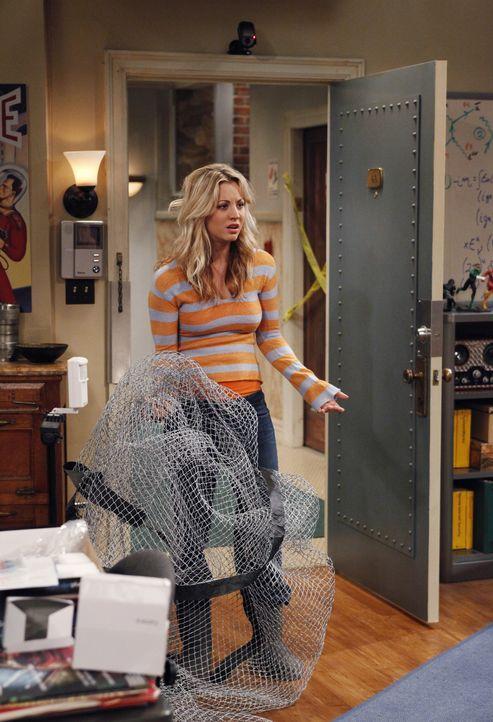 Nach einem gemeinsamen Essen der vier Freunde, kommen Sheldon und Leonard in ihre Wohnung zurück und müssen leider feststellen, dass eingebrochen... - Bildquelle: Warner Bros. Television