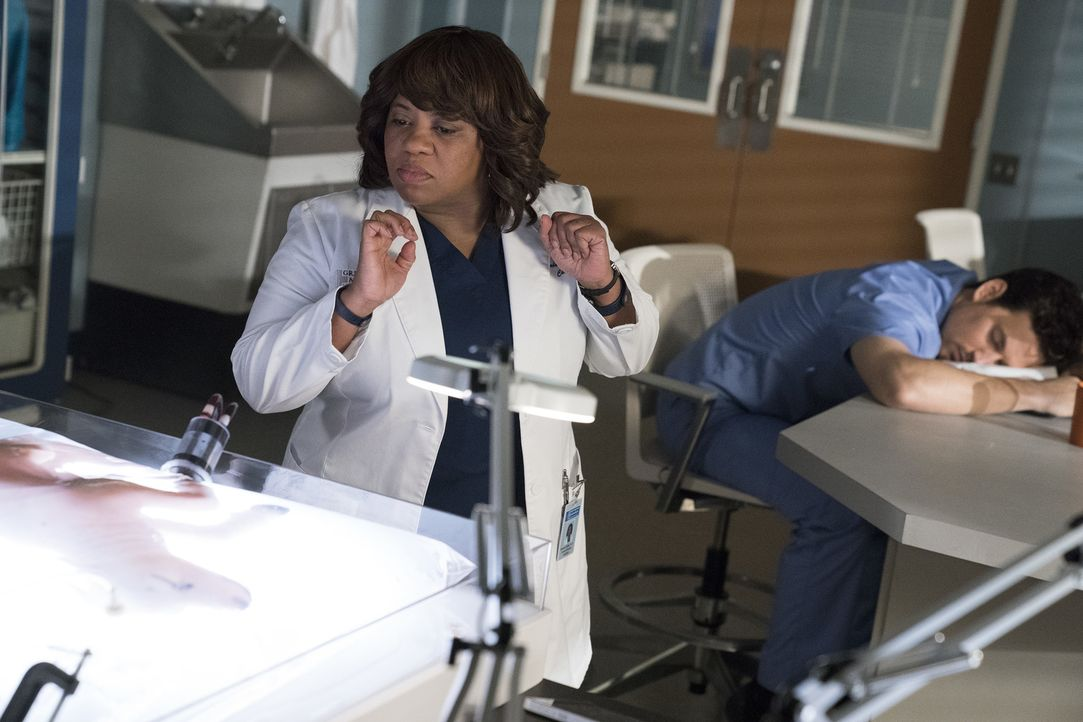 Dr. Miranda Bailey (Chandra Wilson) - Bildquelle: Mitch Haaseth ABC Studios