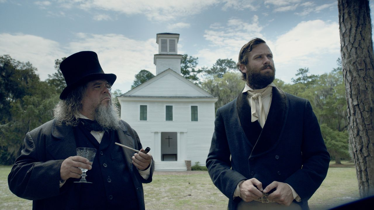 Reverend Walthall (Mark Boone l.); Samuel Turner (Armie Hammer, r.) - Bildquelle: 2016 Twentieth Century Fox Film Corporation.  All rights reserved.