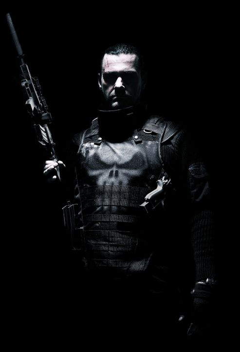 Ex-Special Forces-Offiicer Frank Castle (Ray Stevenson, Rom) kehrt als The Punisher zurück und legt sich sowohl mit den Bösen als auch mit den Gut... - Bildquelle: 2008 MHF Zweite Academy Film GmbH & Co. KG. All Rights Reserved.