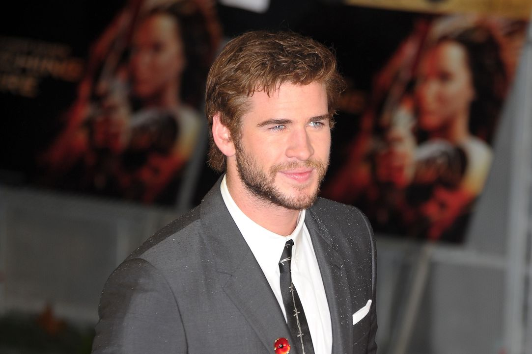 tribute-von-panem-catching-fire-premiere-Hemsworth-131111-2-Anthony-Stanley-WENN-com - Bildquelle: Anthony Stanley/WENN.com