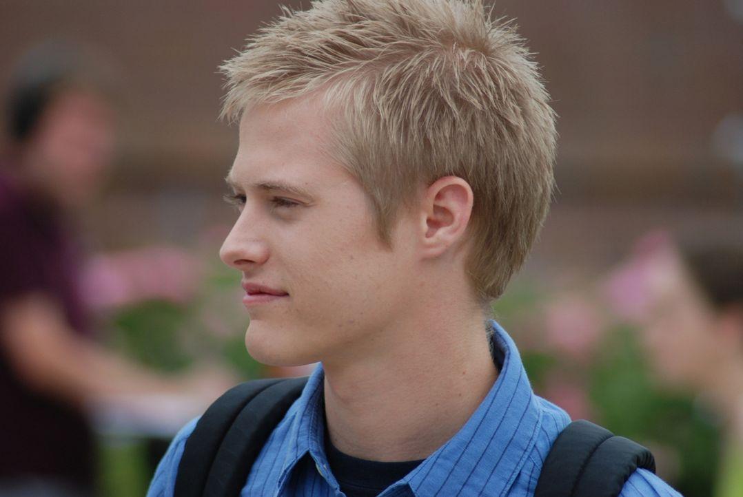 Eigentlich möchte Ezra (Lucas Grabeel) nur ein ganz normaler Junge sein, doch eines Tages muss er feststellen, dass er Lebensmittel haufenweise aus...