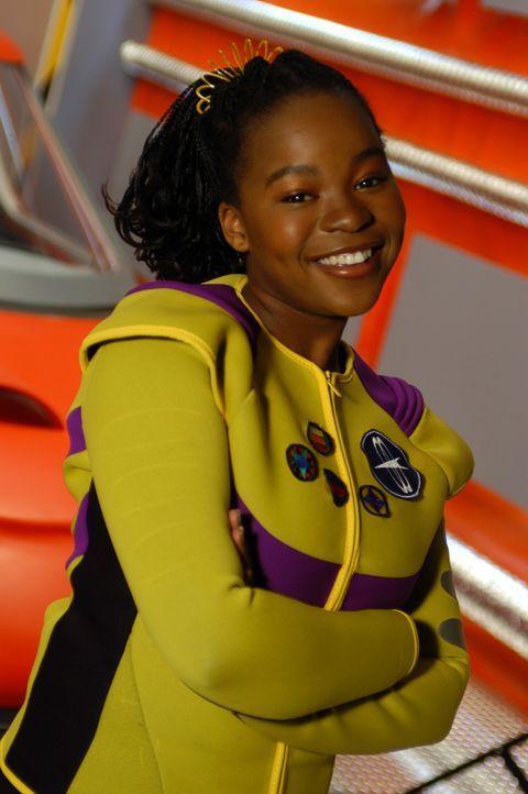 Zenons Freundin Cassiopeia (Phumi Mthembu) wird von seltsamen Träumen geplagt, in denen sich Zenon und die Mondgöttin Selena auf der Oberfläche d... - Bildquelle: The Disney Channel
