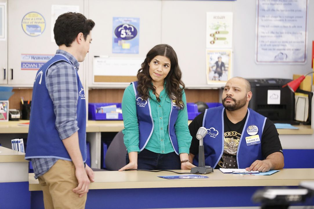 (v.l.n.r.) Jonah (Ben Feldman); Amy (America Ferrera); Garrett (Colton Dunn) - Bildquelle: Trae Patton 2016 Universal Television LLC. ALL RIGHTS RESERVED. / Trae Patton