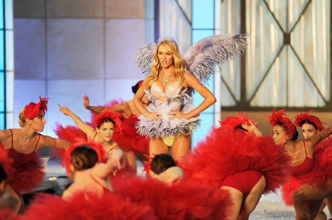 victoria-secret-fashion-show-2011-10-candice-swanepoel-afpjpg 1900 x 1258 - Bildquelle: AFP