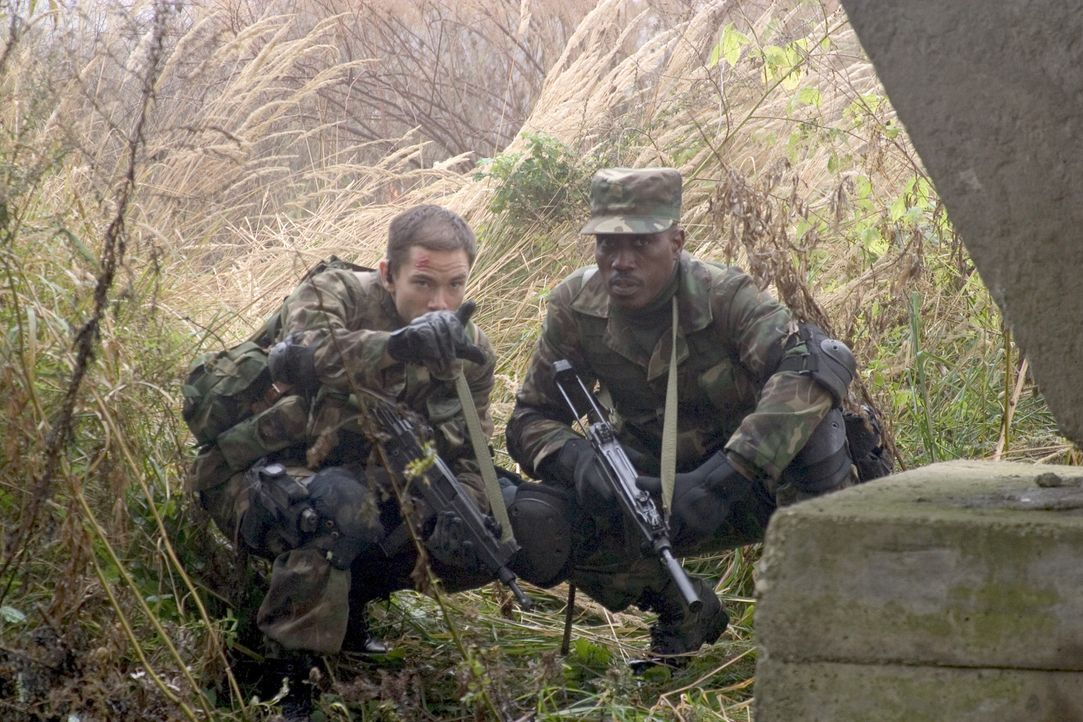 Painter (Wesley Snipes) ist ein für Spezialaufträge ausgebildeter Soldat, der einen Angriffspunkt elektronisch kennzeichnet, damit das Militär ihn z... - Bildquelle: Sony 2007 CPT Holdings, Inc.  All Rights Reserved.