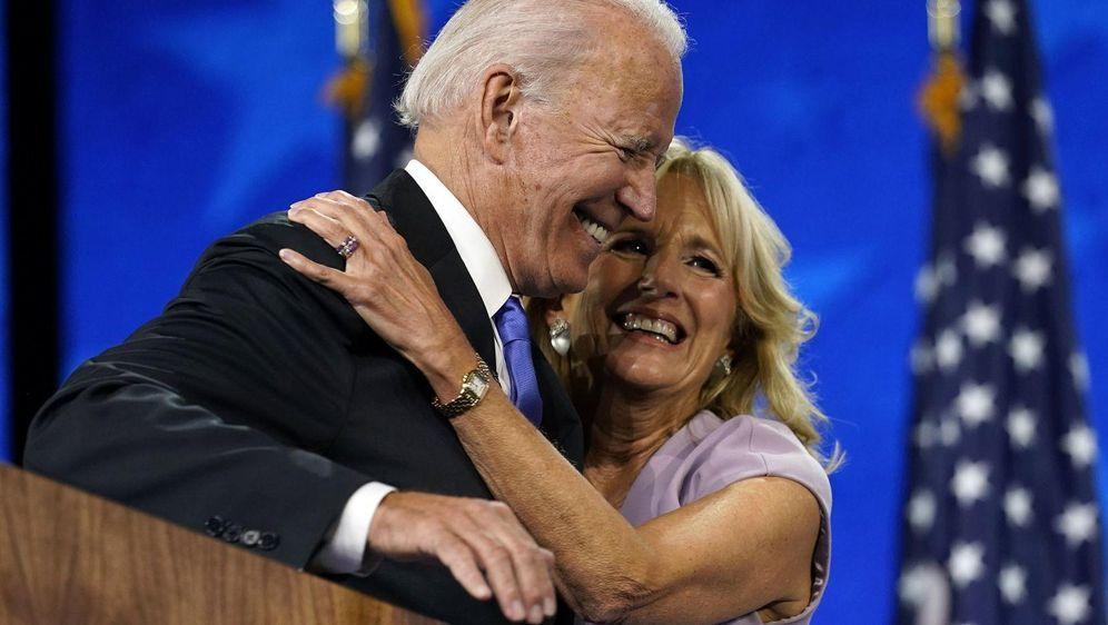- Bildquelle: Andrew Harnik/AP/dpa