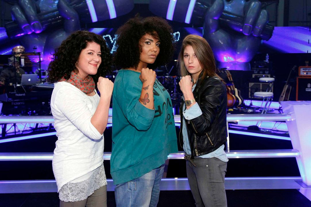 battle-mayamo-vs-tiffany-vs-madeleine-01-the-voice-of-germany-huebnerjpg 2448 x 1632 - Bildquelle: SAT.1/ProSieben/Richard Hübner