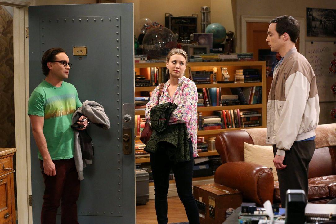 Während sich Penny (Kaley Cuoco, M.) über die schrecklichen Arbeitsbedingungen für den schrecklichen Film beklagt, den sie dreht, versucht Sheldon (... - Bildquelle: Warner Brothers