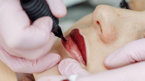 Wie genau läuft die Behandlung von Aquarell Lips ab? Wir berichten über das P...