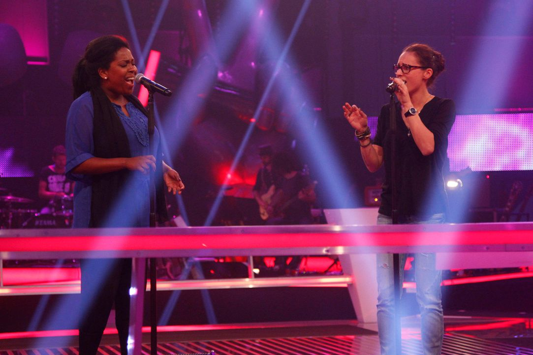 battle-menna-vs-july-07-the-voice-of-germany-huebnerjpg 2160 x 1440 - Bildquelle: SAT.1/ProSieben/Richard Hübner