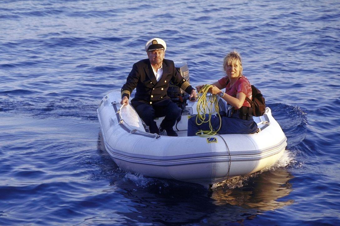 Harris (Klaus Löwitsch, l.) und Suzanne (Anica Dobra, r.) wähnen sich am Ziel ihrer Wünsche. Doch sie haben die Findigkeit ihrer Gegner untersch - Bildquelle: ProSieben