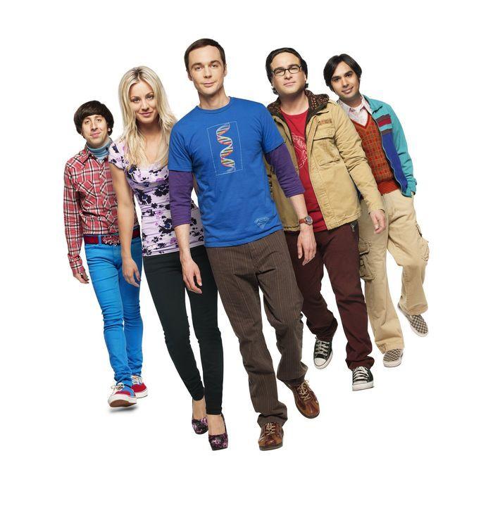 (7. Staffel) - Gute Freunde: Penny (Kaley Cuoco, 2.v.l.), Sheldon (Jim Parsons, M.), Rajesh (Kunal Nayyar, r.), Leonard (Johnny Galecki, 2.v.r.) und... - Bildquelle: Warner Bros. Television