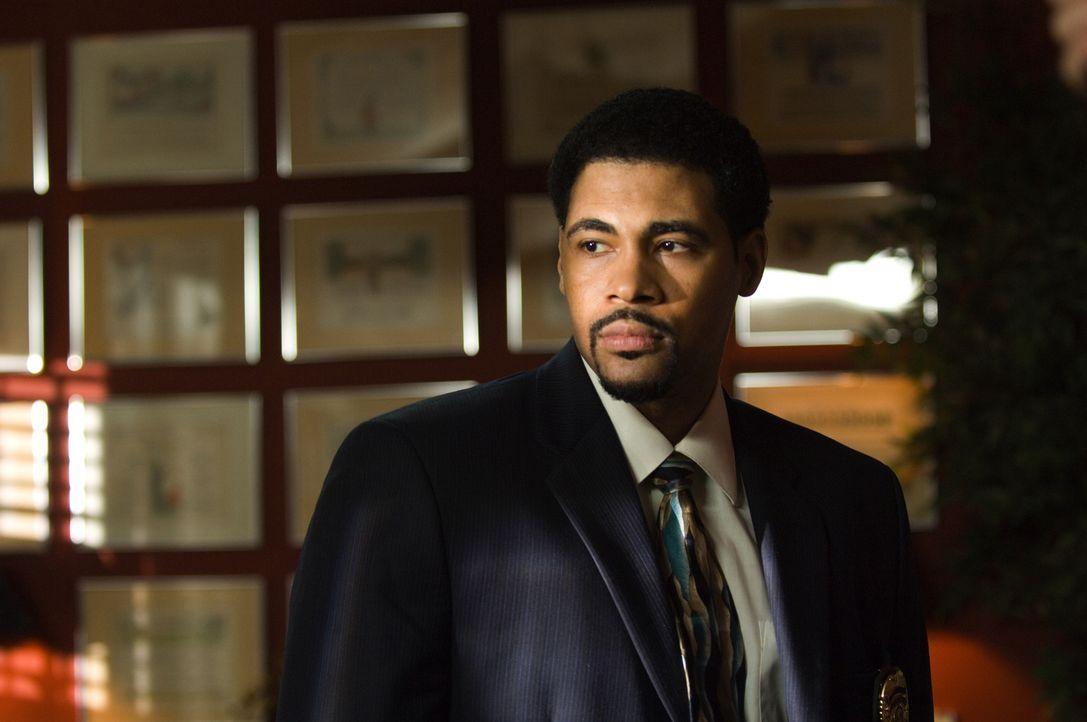 Detective Morgan (Mel Jackson) ist auf der Suche nach dem wahren Täter. Bisher vergeblich ... - Bildquelle: CPT Holdings, Inc. All Rights Reserved.