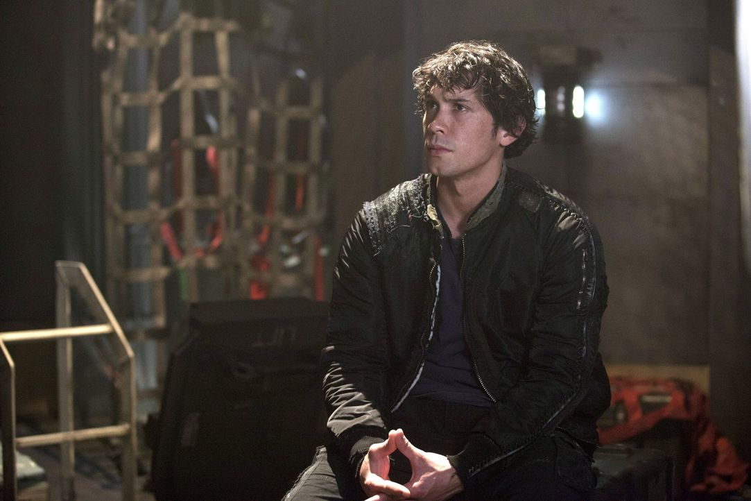 Bellamy (Bob Morley) hat einen Plan gefasst, doch wird er diese auch wirklich umsetzen können? - Bildquelle: Warner Brothers