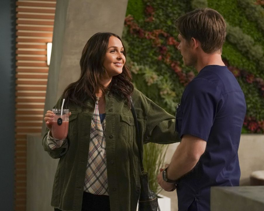 Dr. Jo Karev (Camilla Luddington, l.); Dr. Atticus Lincoln (Chris Carmack, r.) - Bildquelle: Ali Goldstein 2020 American Broadcasting Companies, Inc. All rights reserved. / Ali Goldstein