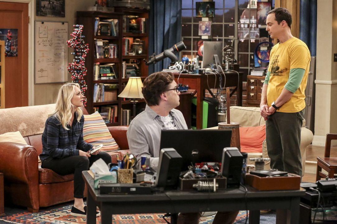 Als Sheldon (Jim Parsons, r.) ihnen präsentiert, was er alles für Amys Geburtstag geplant hat, ahnen Penny (Kaley Cuoco, l.) und Leonard (Johnny Gal... - Bildquelle: Warner Bros. Television