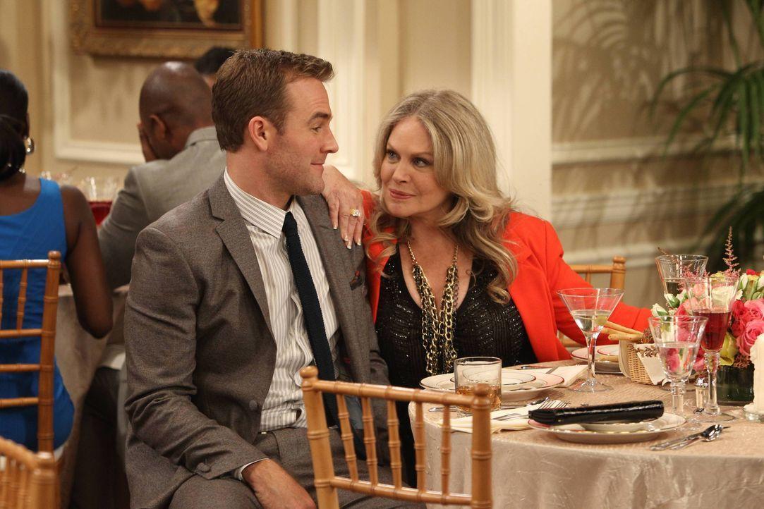 Als Will (James Van Der Beek, l.) auf einer Hochzeit ausgerechnet seine Bekanntschaft von letzter Nacht, die charmante Gretchen (Beverly D'Angelo, r... - Bildquelle: 2013 CBS Broadcasting, Inc. All Rights Reserved.