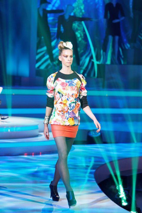 Fashion-Hero-Epi03-Gewinneroutfits-Jila-Jale-ASOS-01-Richard-Huebner - Bildquelle: Richard Huebner