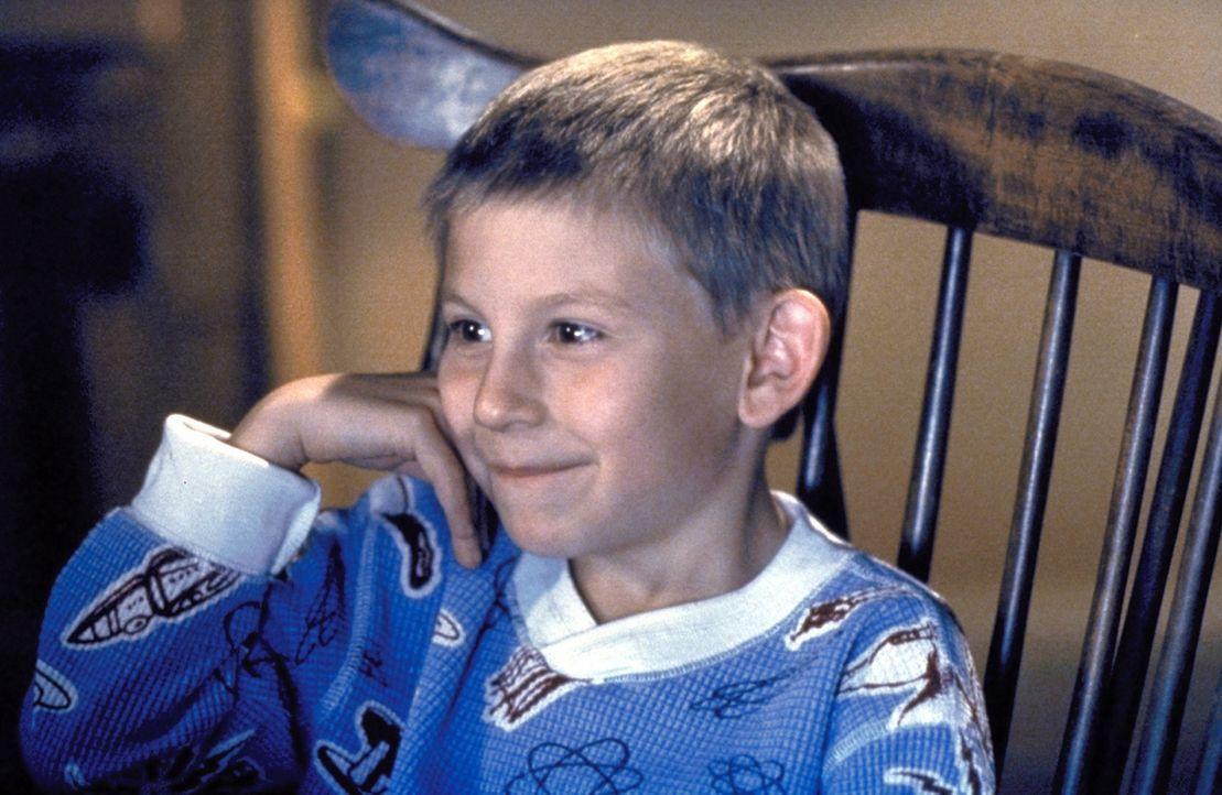 Der kleine Dewey (Erik Per Sullivan) ist begeistert von Horrorfilmen ... - Bildquelle: TM +   2000 Twentieth Century Fox Film Corporation. All Rights Reserved.