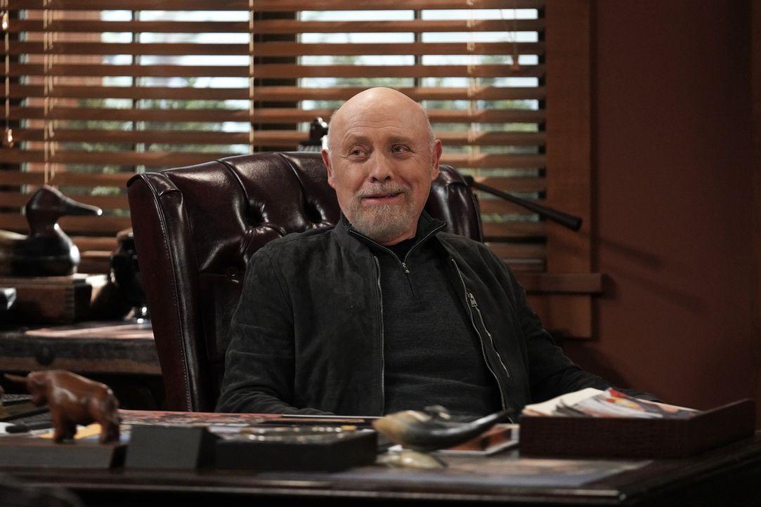 Ed Alzate (Hector Elizondo) - Bildquelle: Michael Becker 2020 Fox Media LLC. / Michael Becker