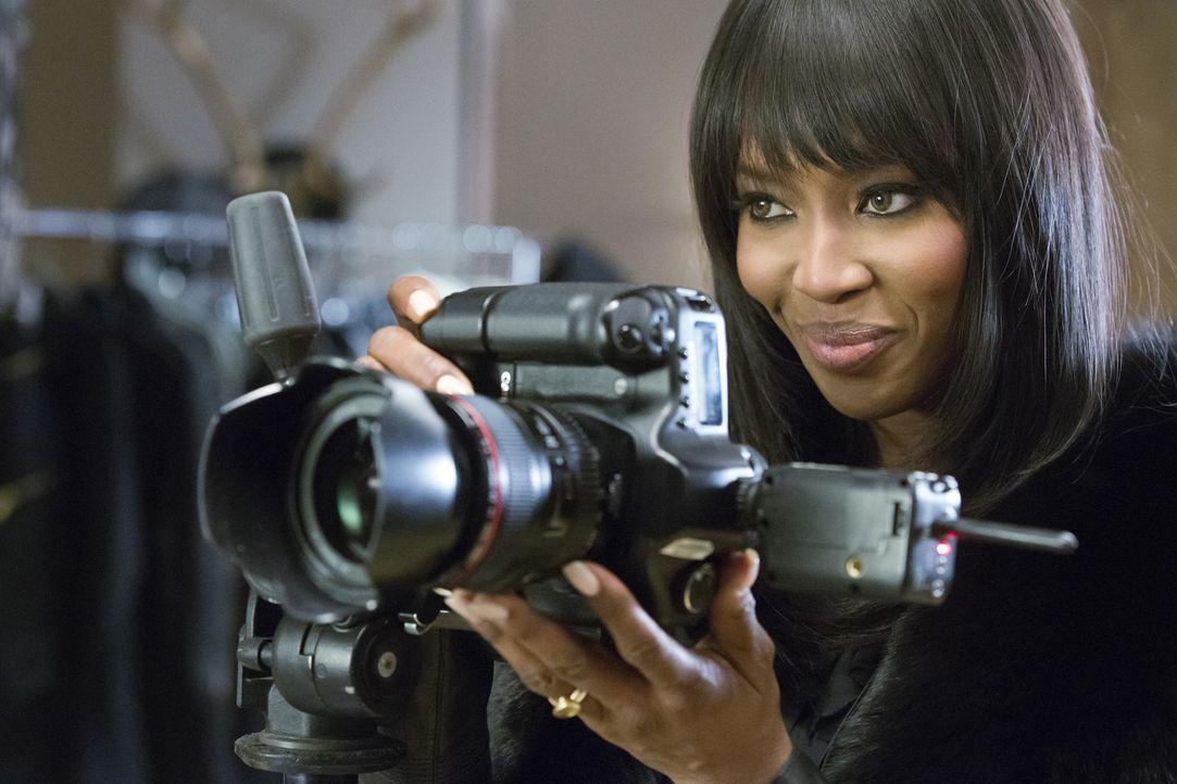 Camillas (Naomi Campbell) Plan geht langsam auf. Sie konnte Hakeem zu einem Fotoshooting überreden, das sein Image komplett verändern soll ... - Bildquelle: 2015 Fox and its related entities.  All rights reserved.