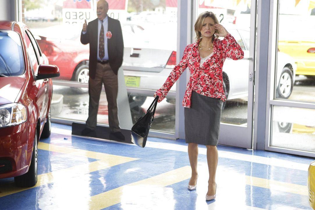 Sie ist Motivationsberaterin und könnte für Frankie das Aus im Job bedeuten: Abby (Amy Sedaris) ... - Bildquelle: Warner Brothers