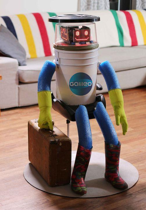 Der interagierende Roboter hitchBOT ist bereit für seine Per-Anhalter-Tour durch Deutschland, aber wie werden die Bundesbürger auf ihn reagieren? - Bildquelle: ProSieben