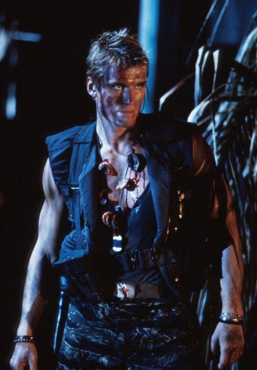 Gnadenlos macht Andrew (Dolph Lundgren) Jagd auf seinen Erzfeind Luc ... - Bildquelle: 1992 TriStar Pictures
