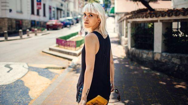 Blond ist absolut angesagt diesen Sommer egal ob modernen Kurzhaarschnitt, la...
