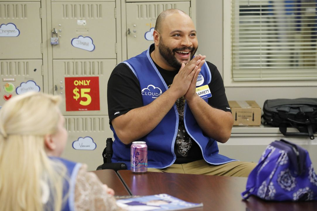 Garrett (Colton Dunn) - Bildquelle: Trae Patton 2016 Universal Television LLC. ALL RIGHTS RESERVED. / Trae Patton