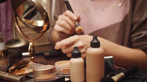 Welche Foundation passt perfekt zu deinem Hauttyp und was genau ist der Unter...