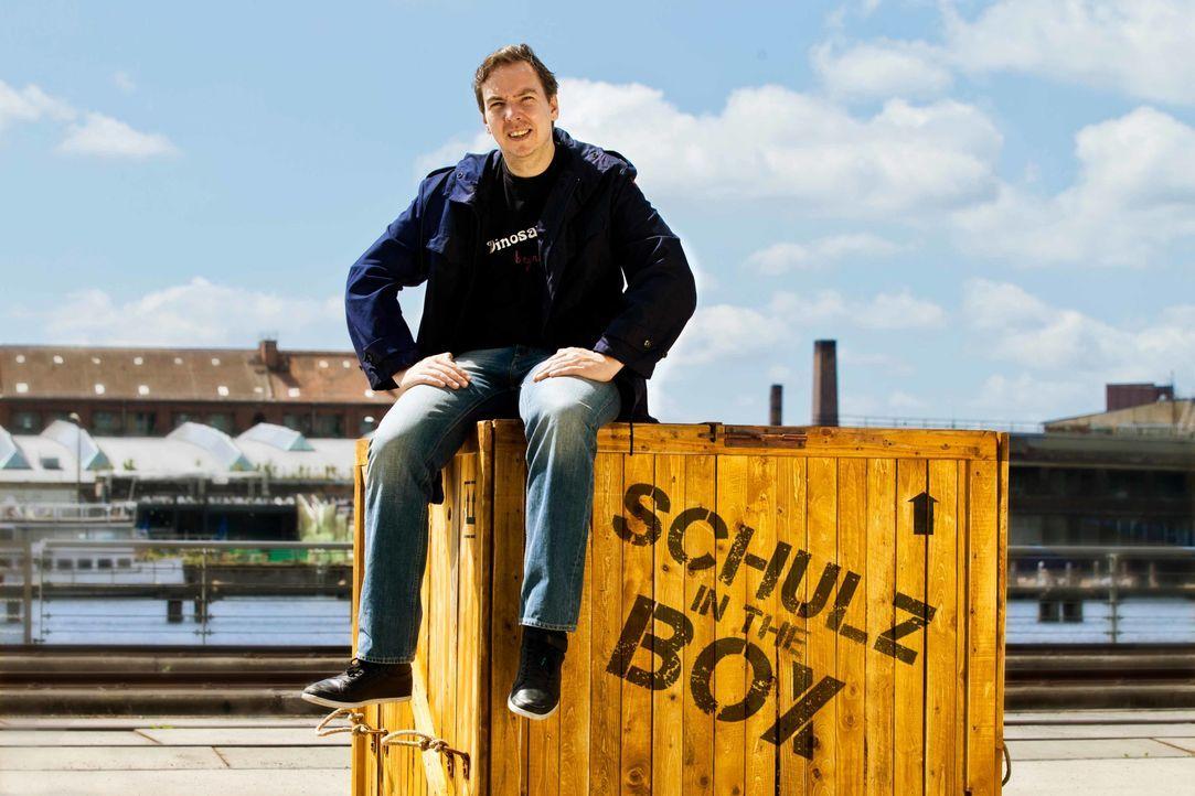 """""""Was wäre, wenn ich einen anderen Lebensweg eingeschlagen hätte?"""" Mit dieser Frage im Gepäck reist Olli Schulz nach Nepal ... - Bildquelle: Richard Hübner ProSieben / Richard Hübner"""