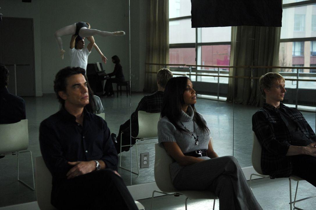 """Die berühmte Choreografin Monica Straus (Lucia Walters, M.) sucht für eine Broadway Ballett-Version von Aschenputtel an der """"American Ballet Acade... - Bildquelle: Copyright   2008 Stage 6 Films, Inc. All Rights Reserved."""