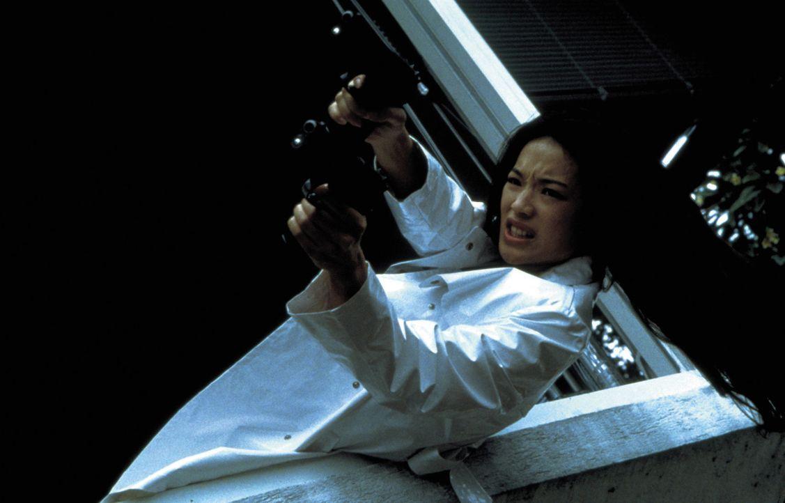 Ein absolut tödliches Killerbaby: die blutjunge Lynn (Shu Qi) ... - Bildquelle: Sony Pictures Television International. All Rights Reserved.